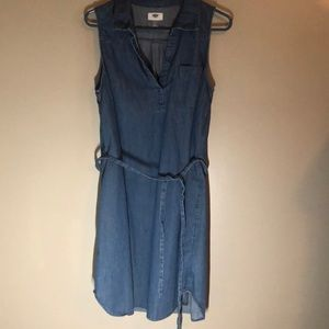 Sleeveless V knotch denim dress